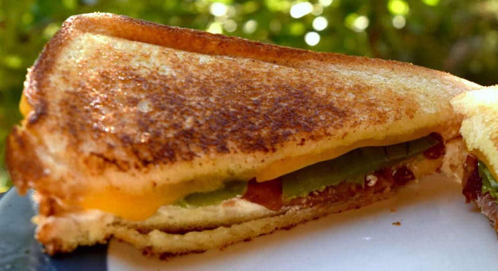 Jalapeno Popper Grilled Cheese 2